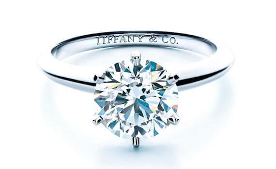 Tiffany Setting mit o,73 ct Diamant Farbe F
